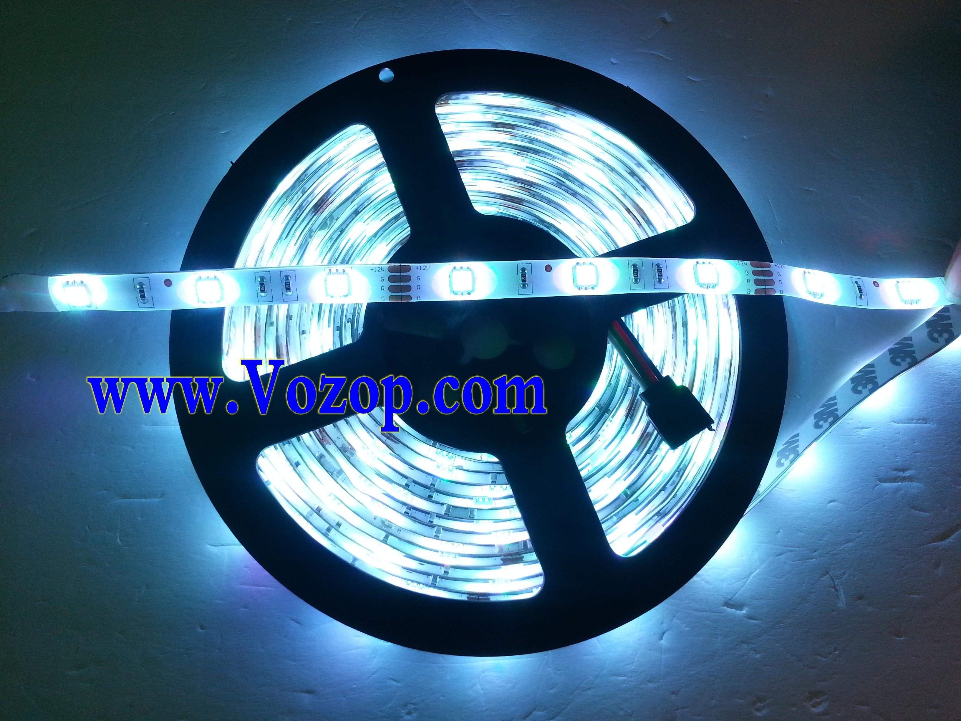 150LEDs_RGB_5050_LED_Strip_light