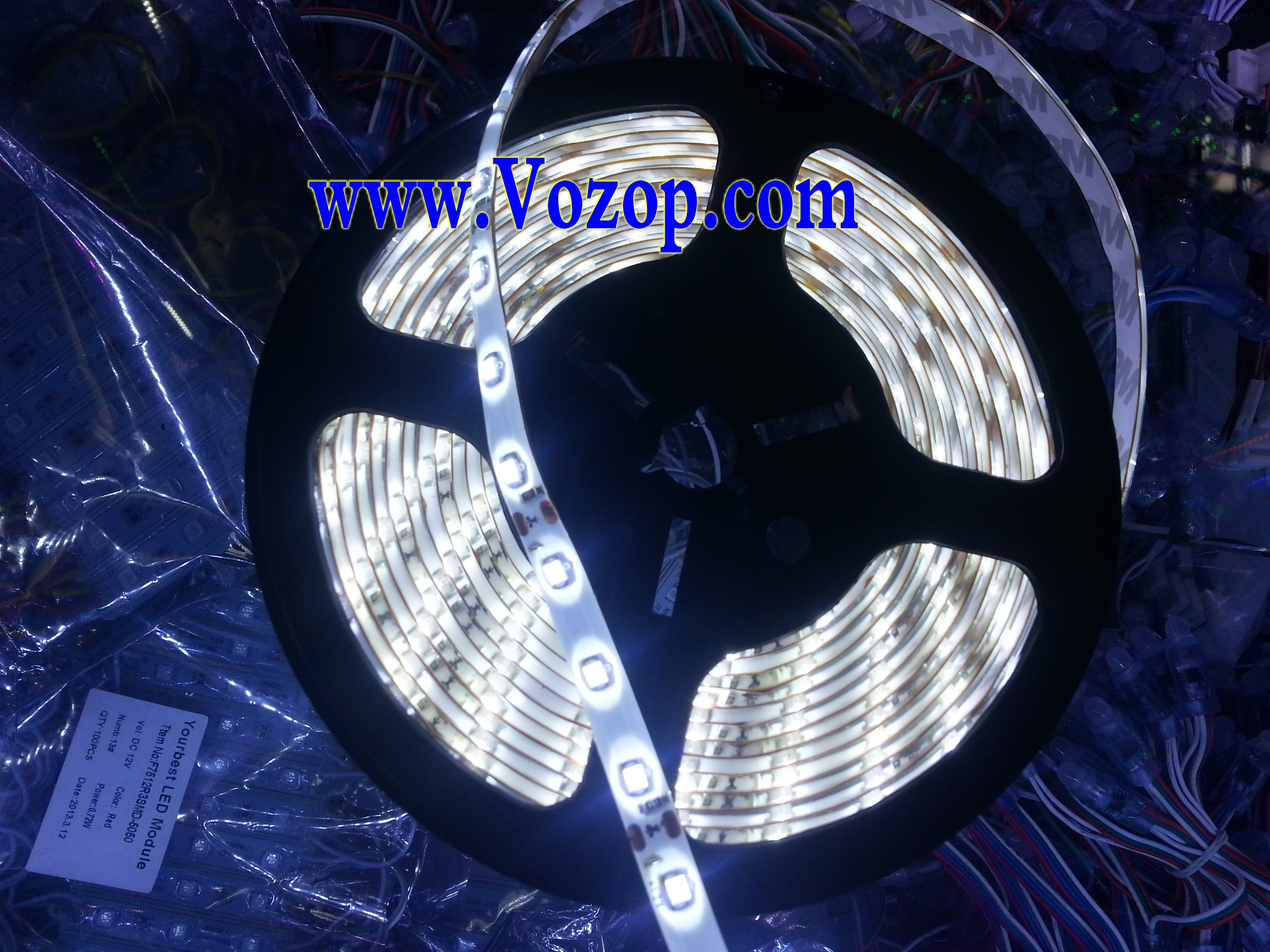16.4_Feet_Pure_White_LED_Strip_Waterproof_300_LEDs_SMD3528