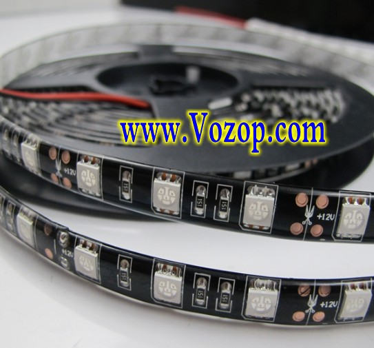 5050_Black_PCB_LED_Light_Strip_5M_300_LEDs_Waterproof_Ribbon