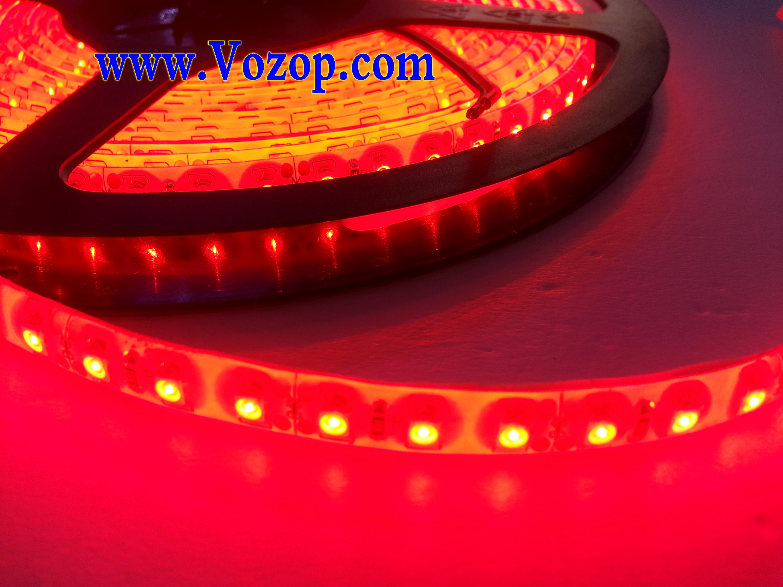 5M_600_LEDs_SMD_3528_Waterproof_IP65_Red_tape_Strip_Lights