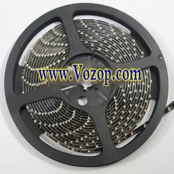 5M_Black_PCB_3528_SMD_300_LED_Strip_Light_Waterproof_Flex_Tape
