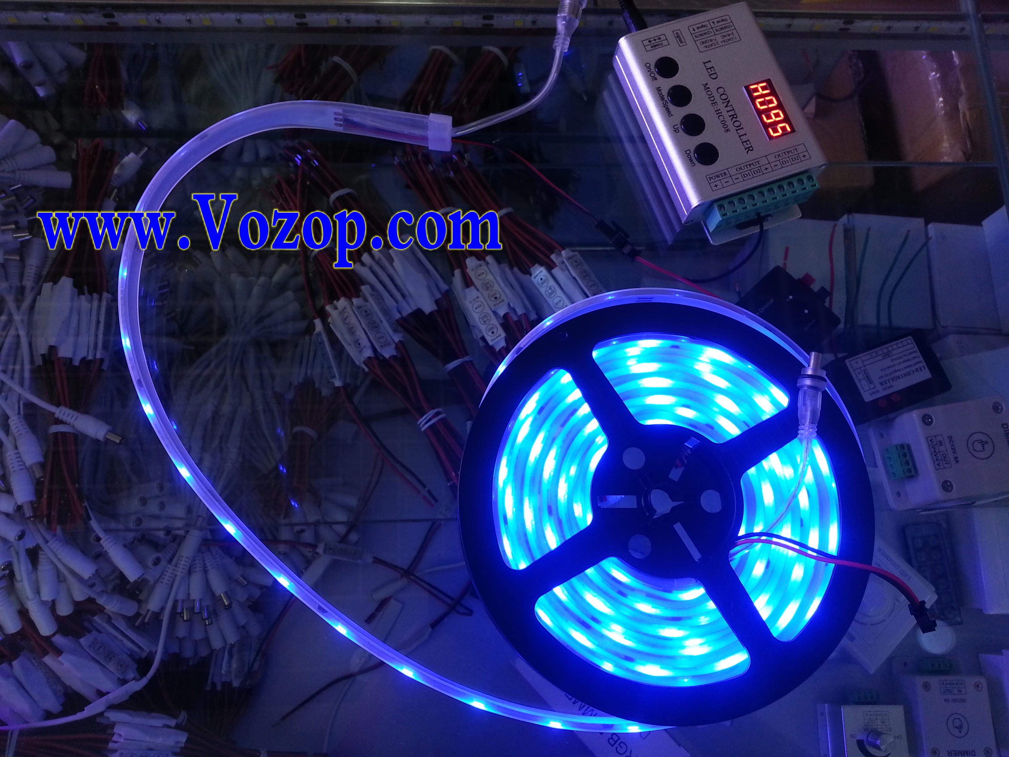 5M_Intelligent_TM1812_RGB_5050_Digital_LED_Strip_with_Controller_blue
