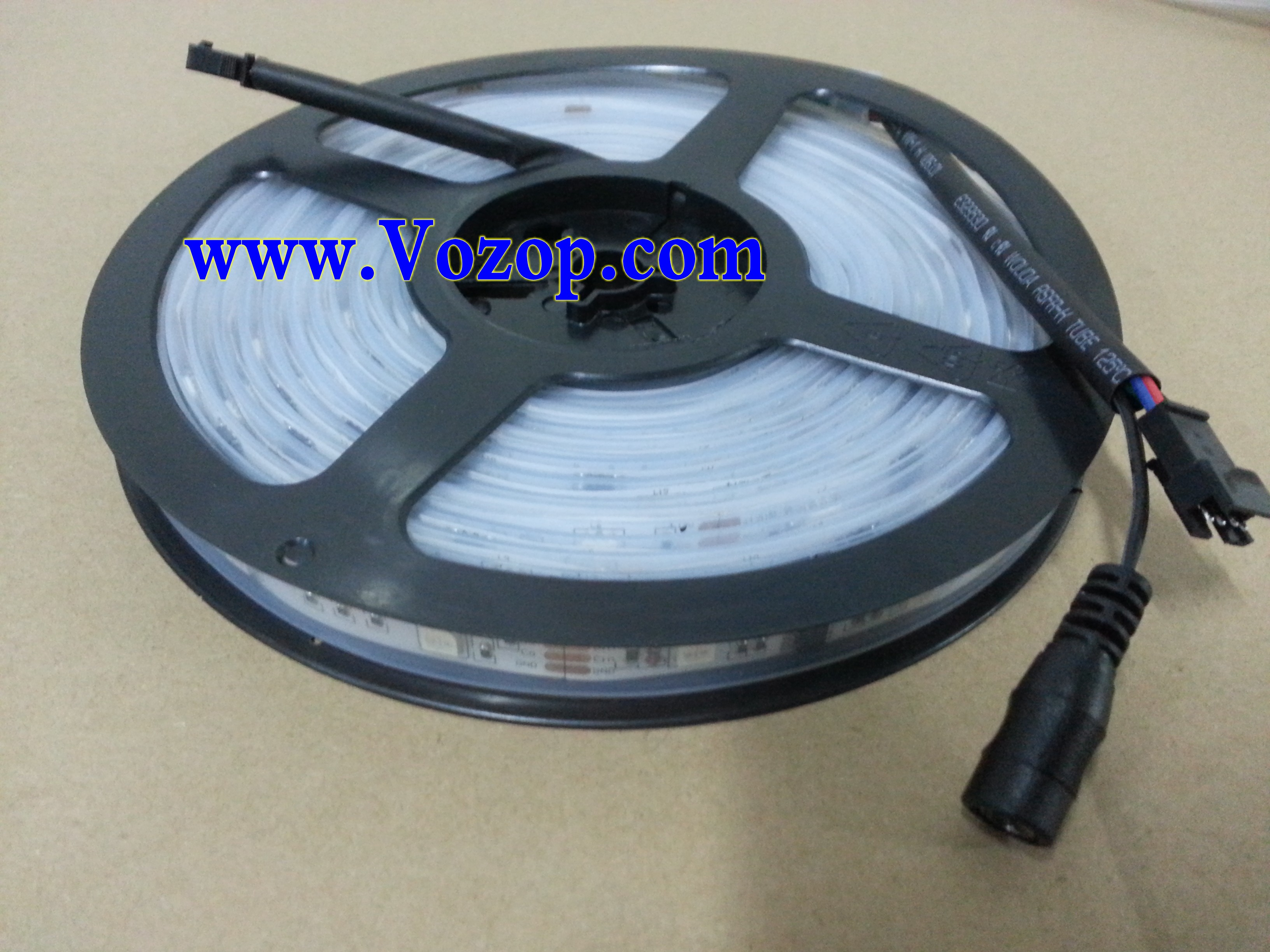 5M_Waterproof_Digital_LPD6803_RGB_LED_Strip_150_LEDs_DC_12V