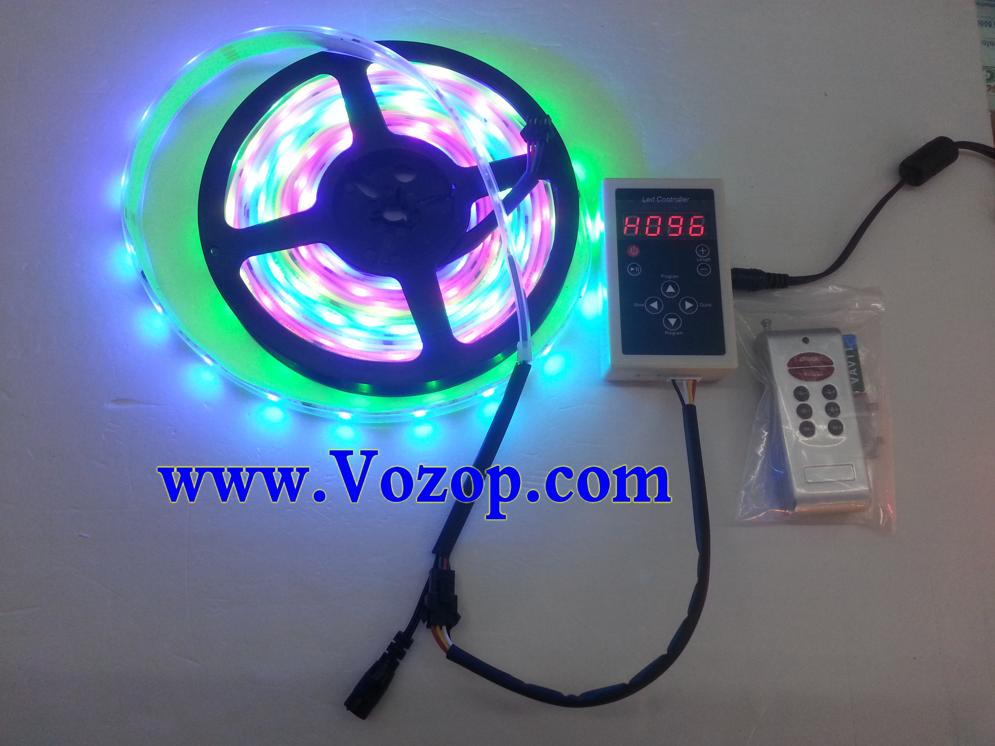 6803_IC_Intelligent_5050_RGB_LED_strip_with_Remote_RF_Controller