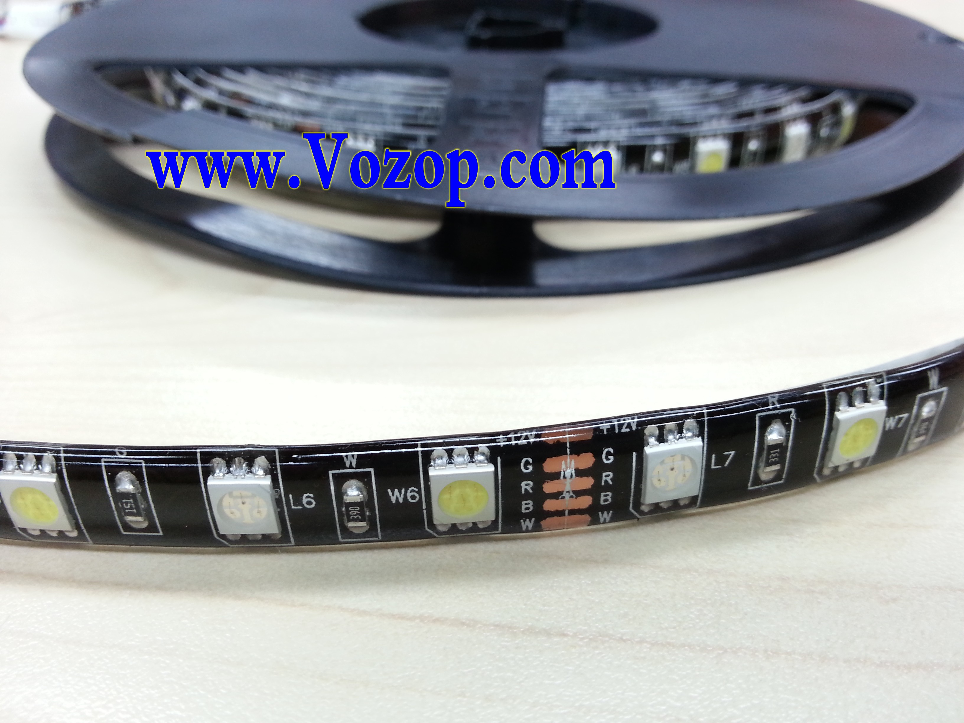 black pcb rgbw led strip light rgb warm pure white 12v 5m 300leds led strips led controllers. Black Bedroom Furniture Sets. Home Design Ideas