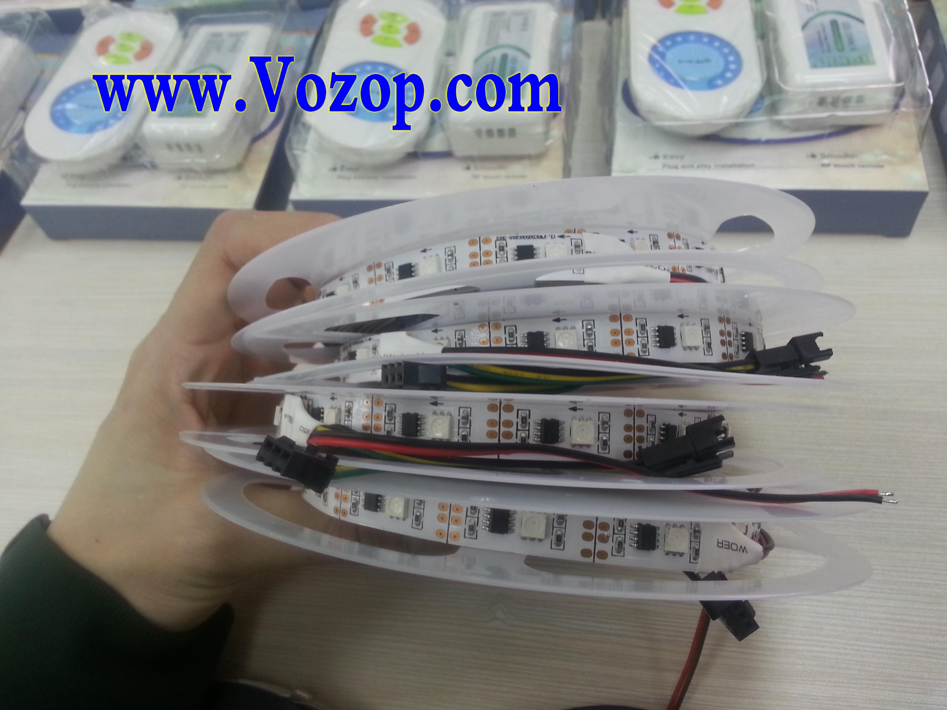 DC5V_TLS3001_Digital_Smart_LED_Strip_Light