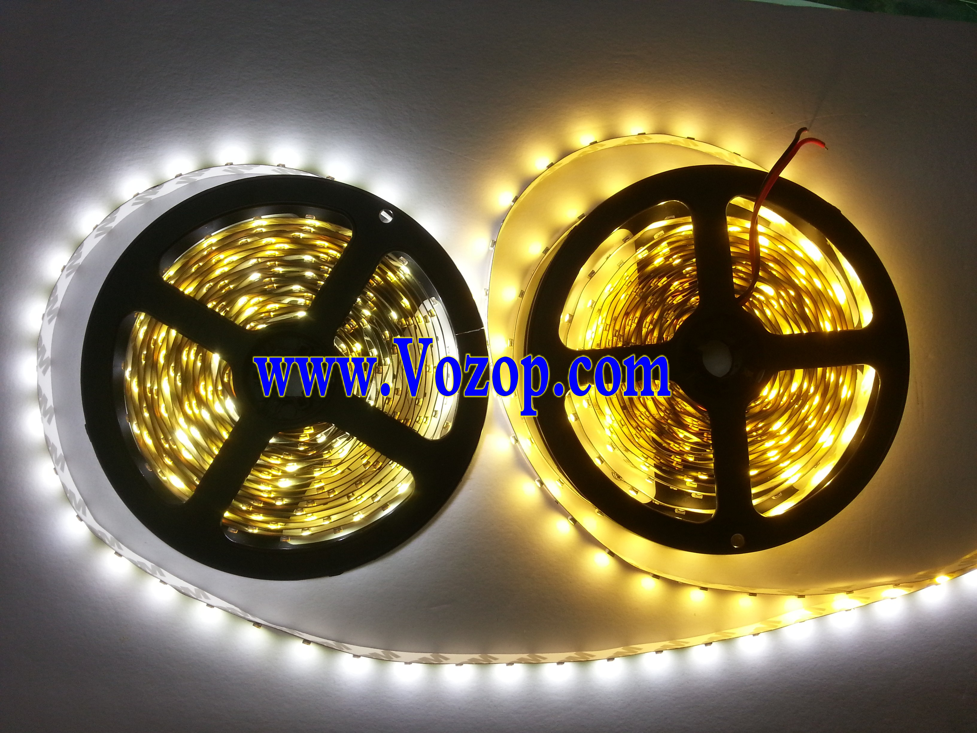 DC_24V_3528_LED_Light_Strip_5M_300_LEDs_Lighting_Tape