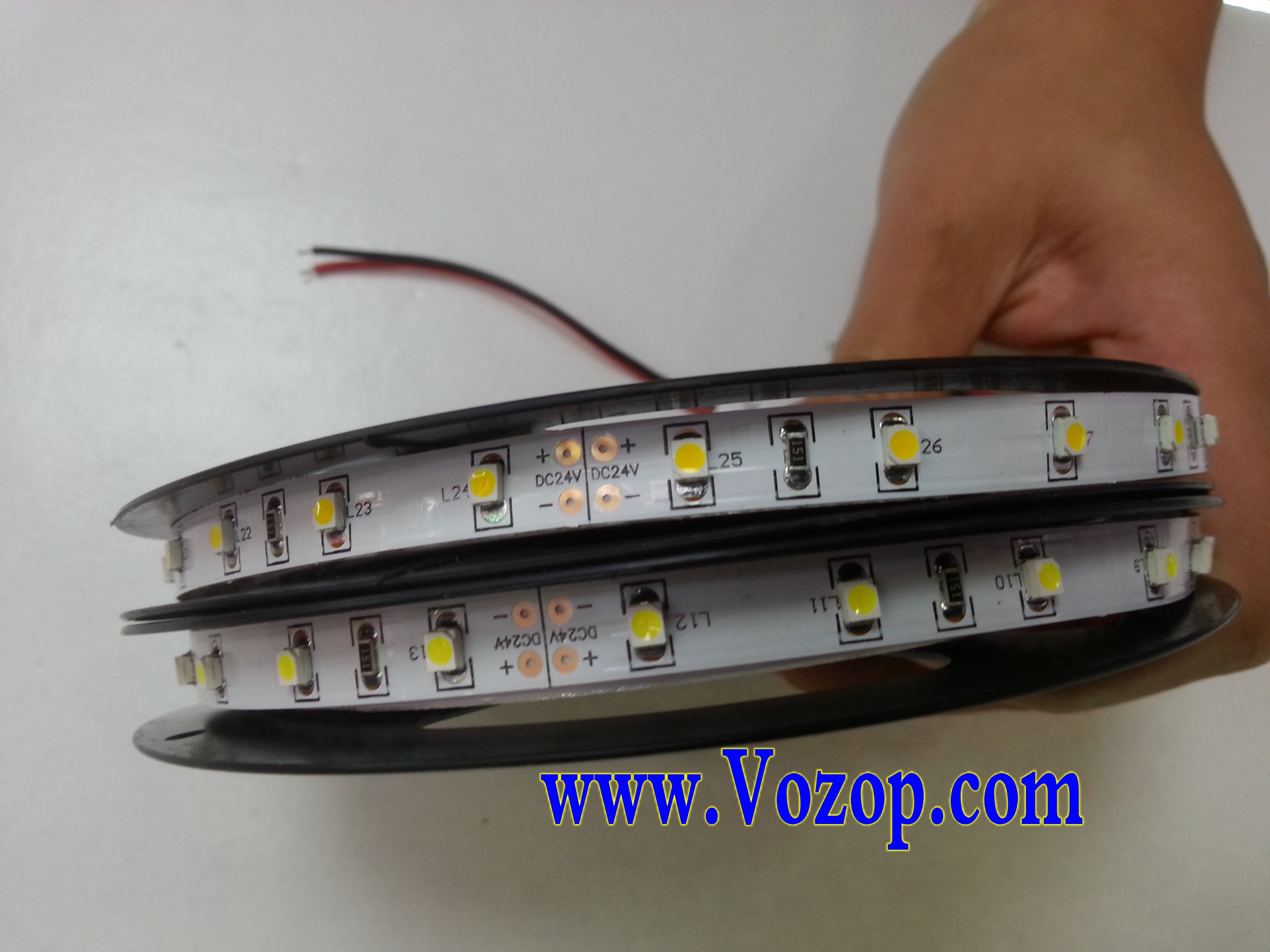 DC_24V_3528_LED_Light_Strip_5M_300_LEDs_Lighting_Tape_lights