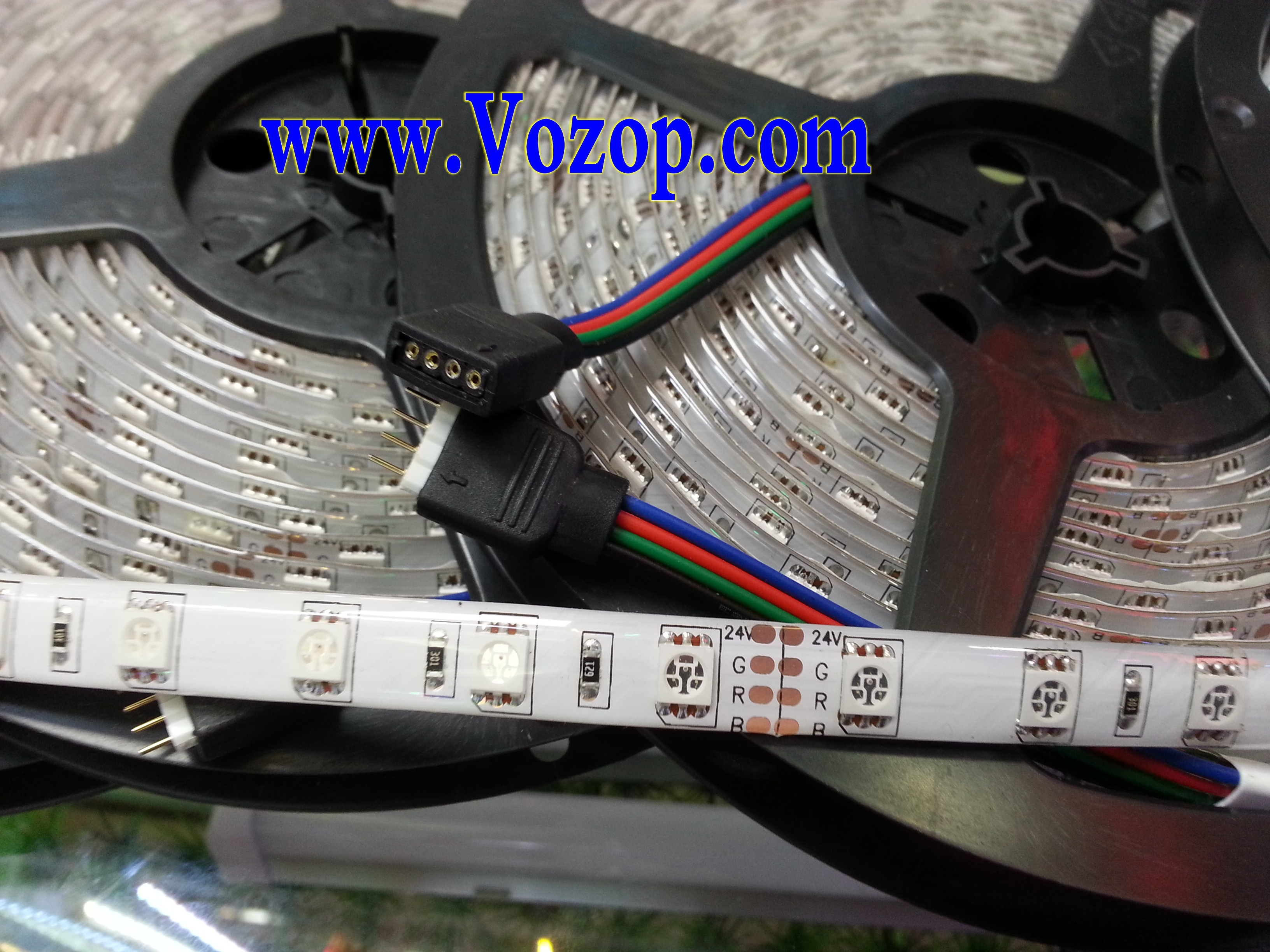 DC_24V_RGB_LED_tape_Strip_5050_Waterproof_IP65_ribbon_light