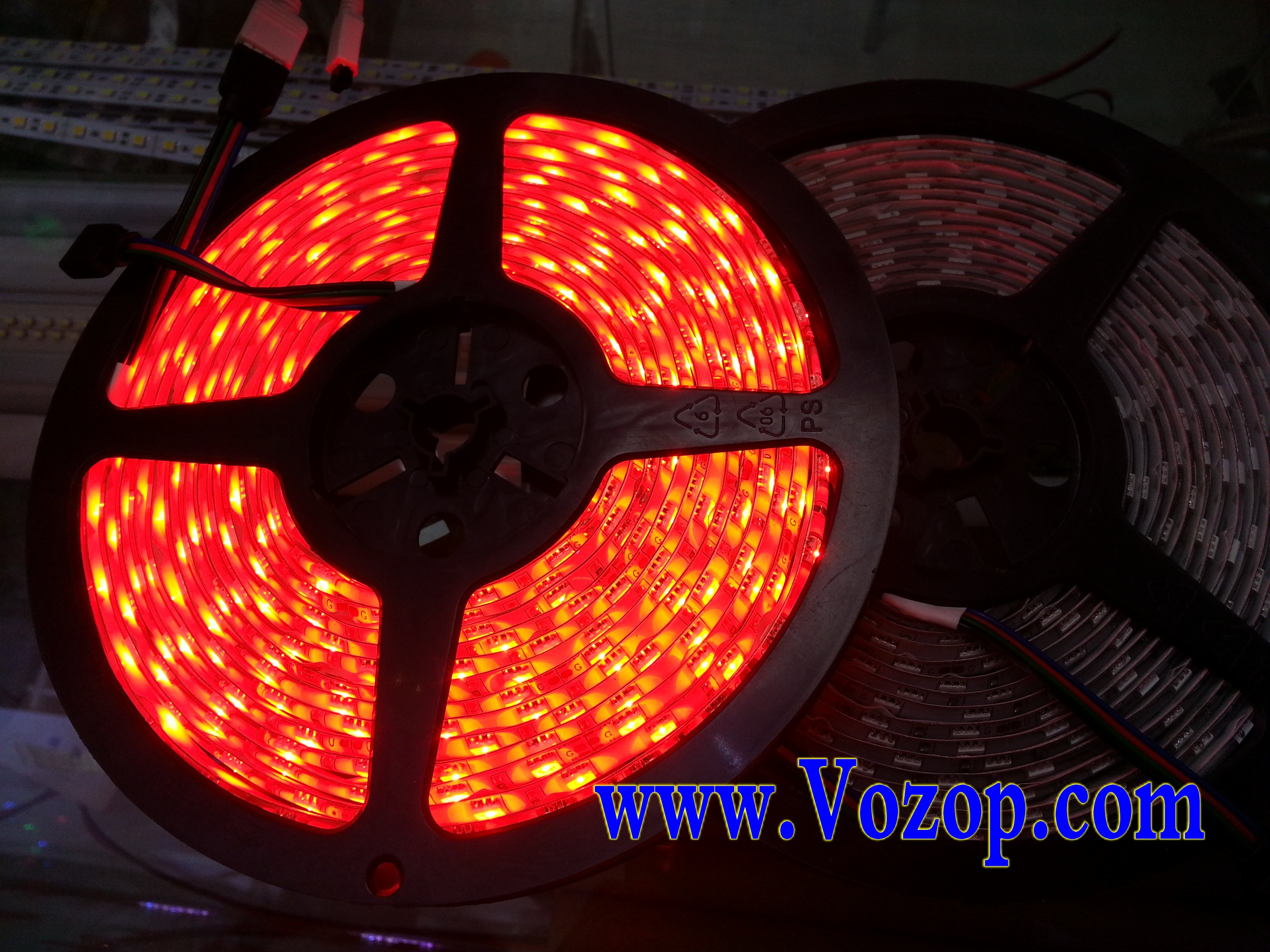 RGB_LED_tape_Strip_SMD5050_5M_300_LEDs_Waterproof_IP65_ribbon_light