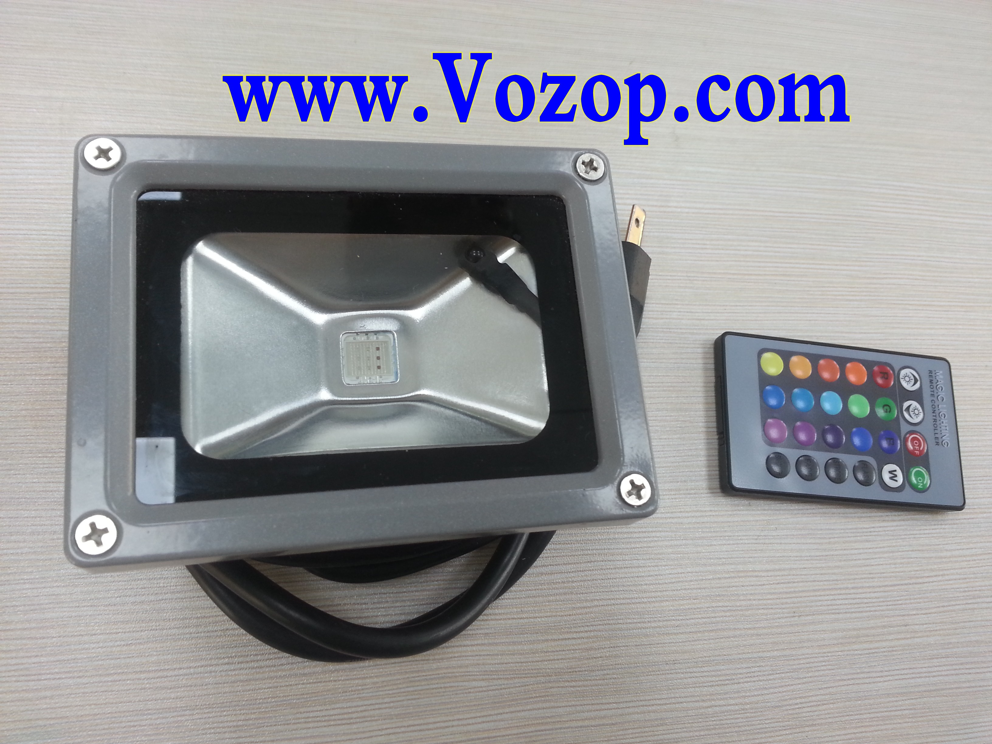 RGB_floodlight_10W_with_Remote_controller_Waterproof_LED_Outdoor_Flood_Light