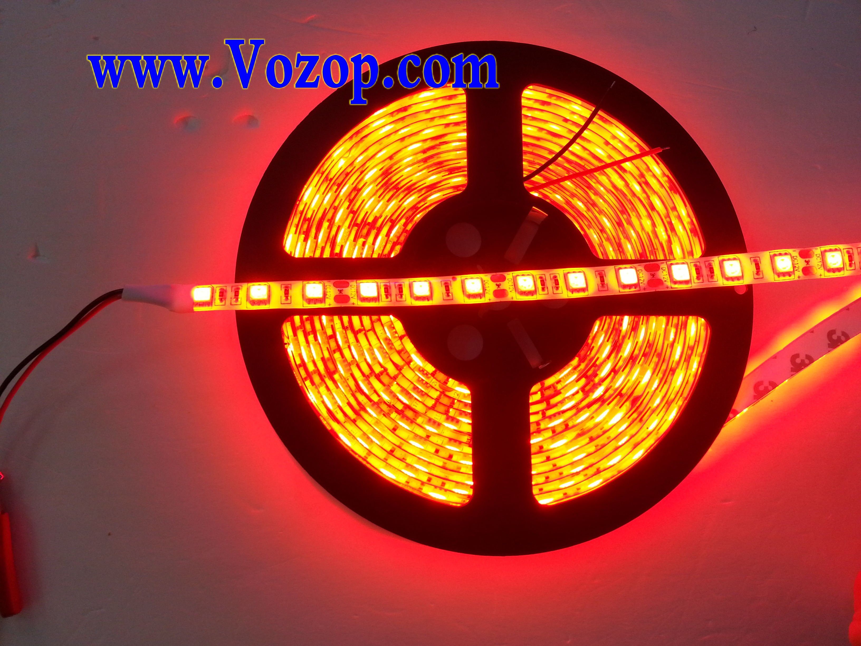 Red_12V_LED_Lights_Waterproof_SMD_5050_5M_300_LEDs_Light