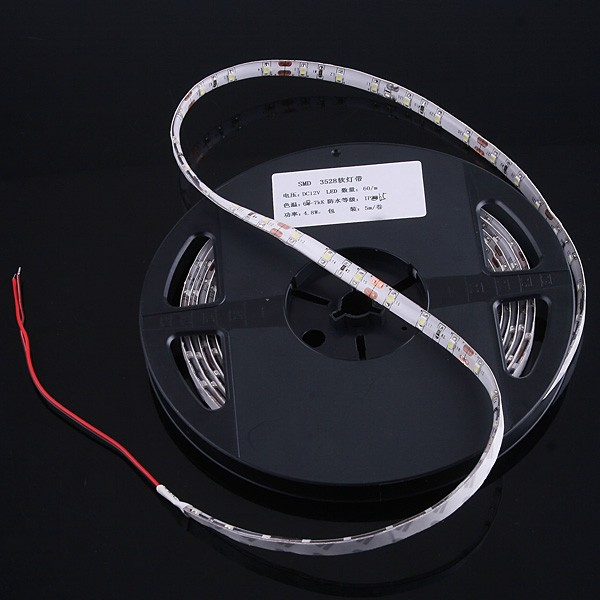 SMD_3528_LED_Strip_5M_300_LEDs_IP65_Waterproof_Cool_White_package