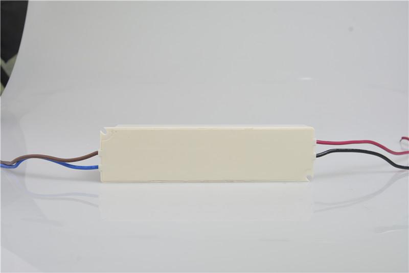 Sam_Power_EMCLP_Series_LP60_W1V24_5