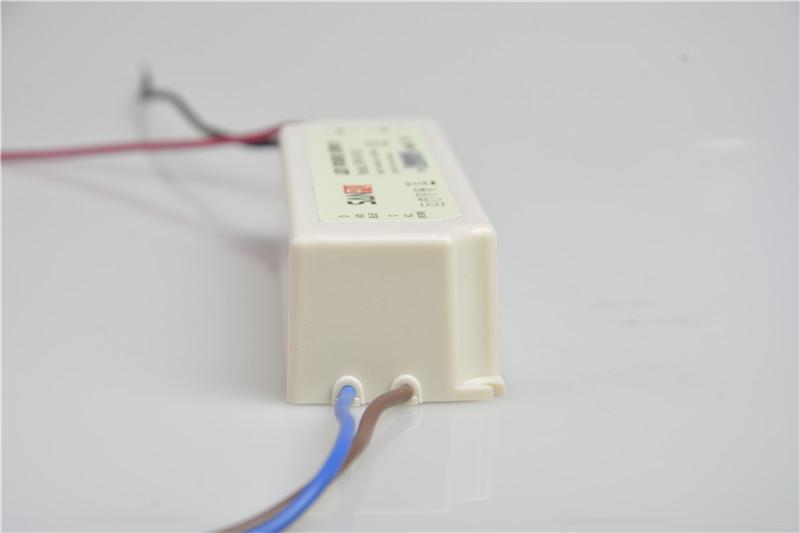 Sam_Power_EMCLP_Series_LP60_W1V24_7