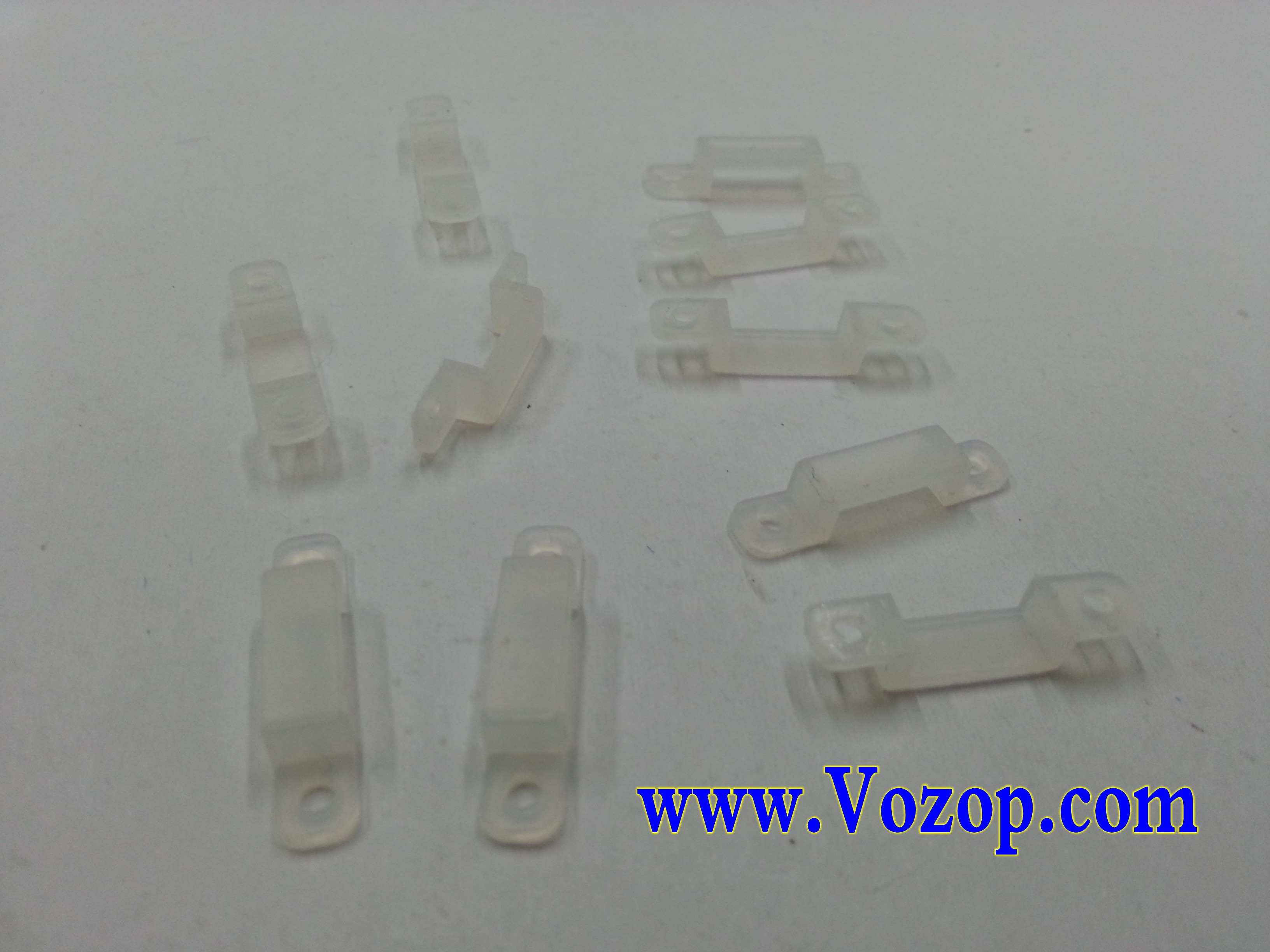 Silicon_Clip_for_Fixing_Led_Strip_Tape_3528_5050_light