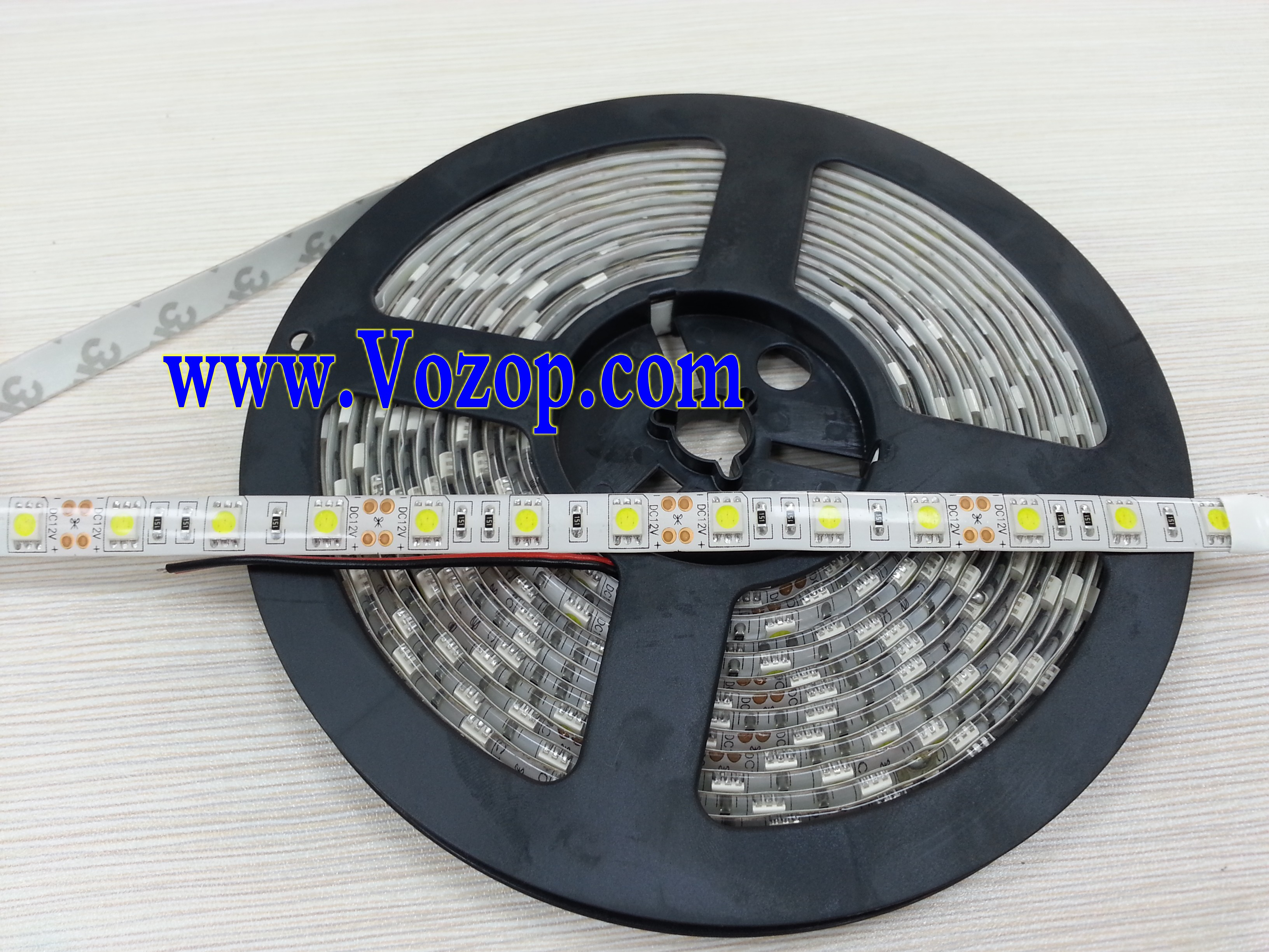 Usa_5050_SMD_LED_Tape_strip_light