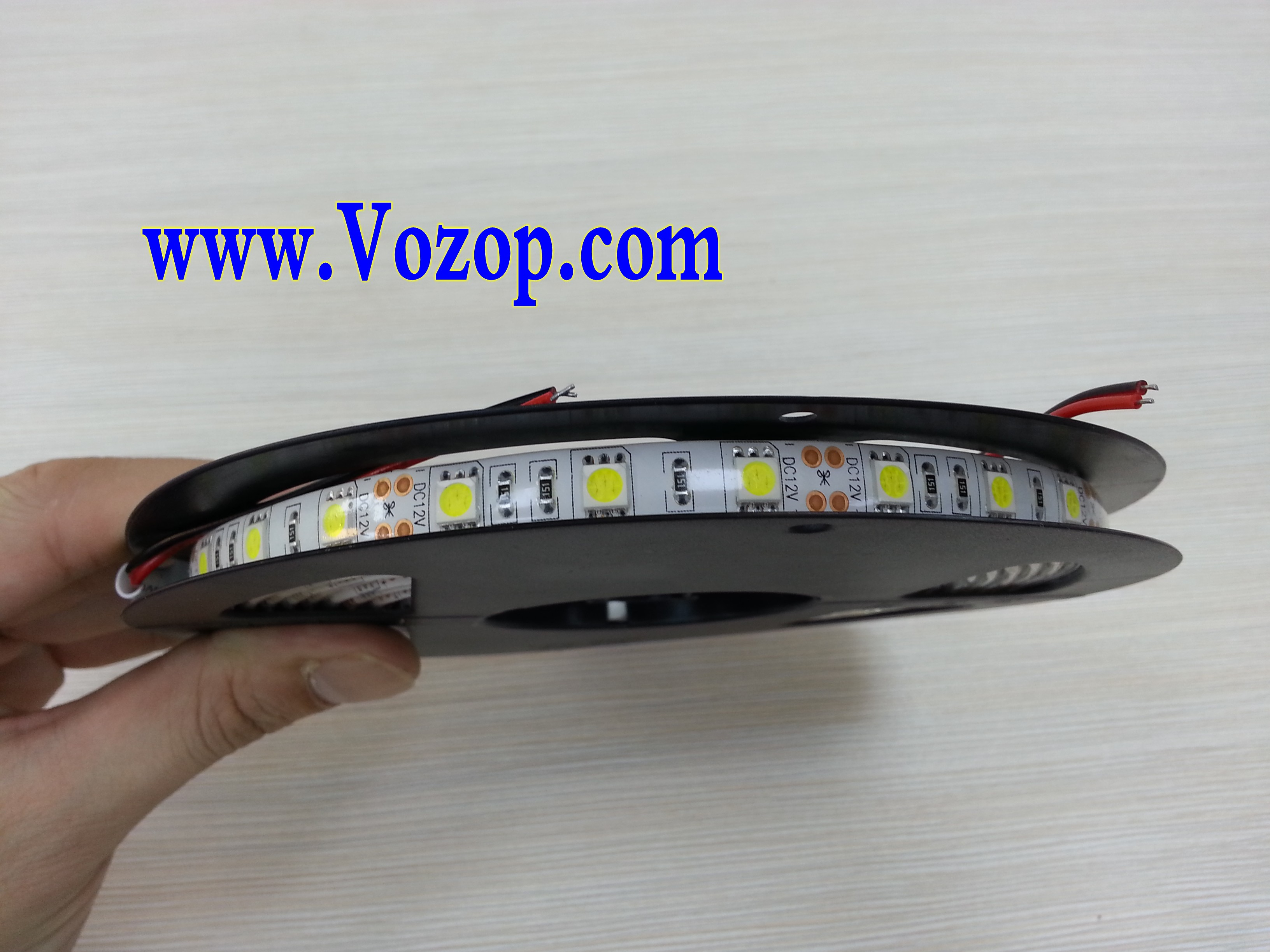 Usa_5050_SMD_LED_Tape_strip_lights