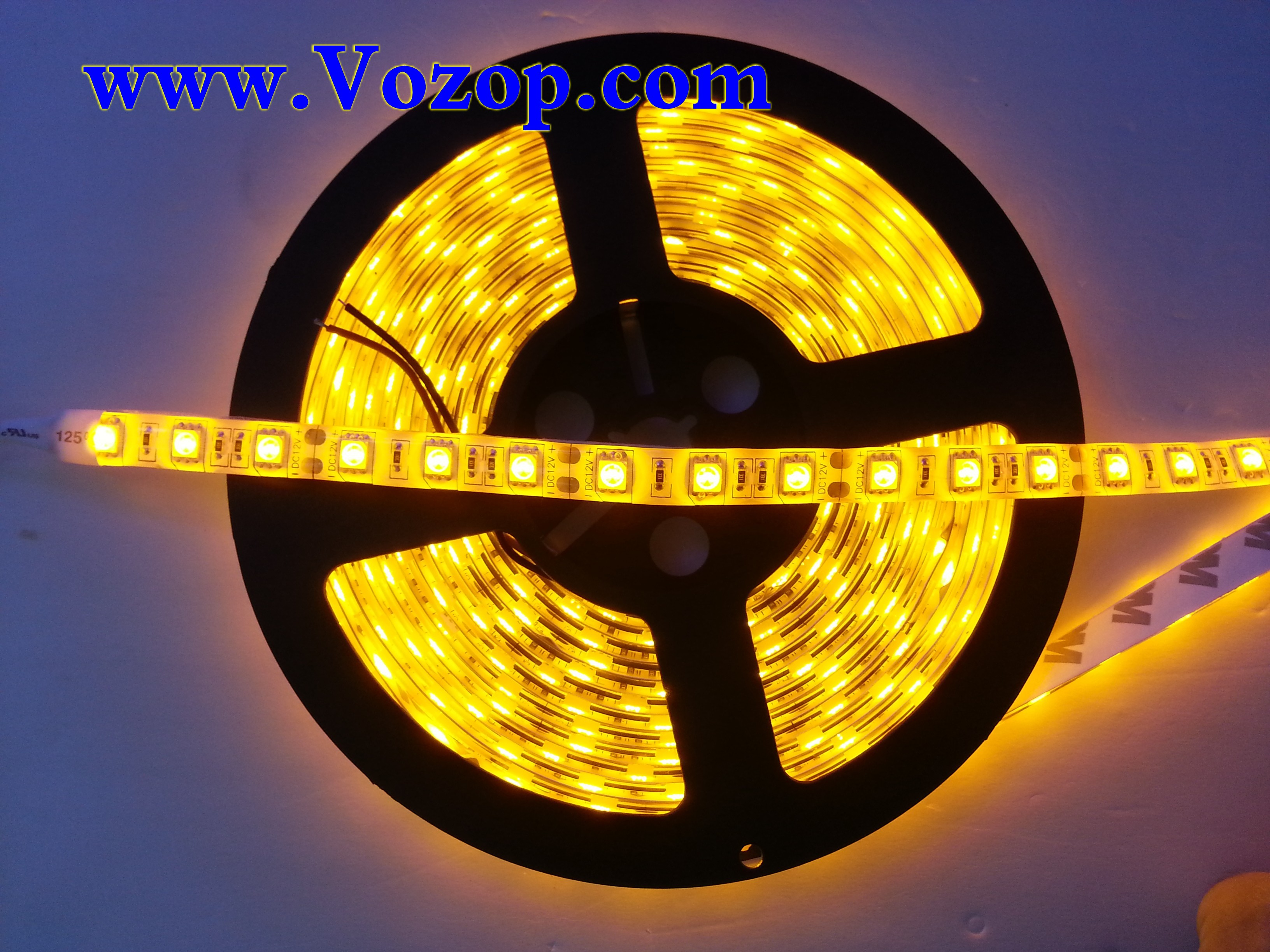 Yellow_Light_LED_Strip_SMD5050_5M_300_LEDs_IP65_Waterproof_tape
