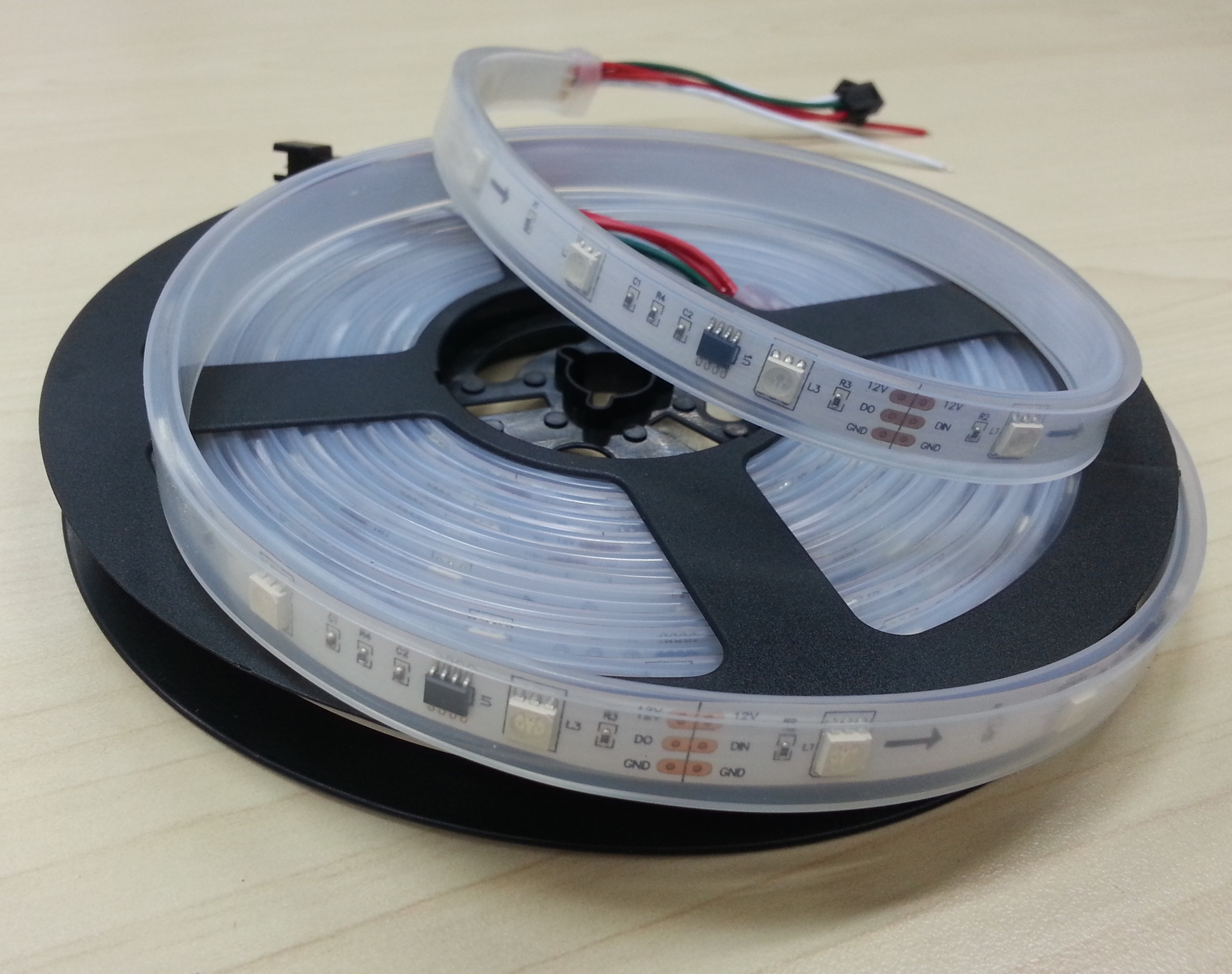 dc12v_WS2811_addressable_rgb_led_strip_5m_150LEDs_2811_Light