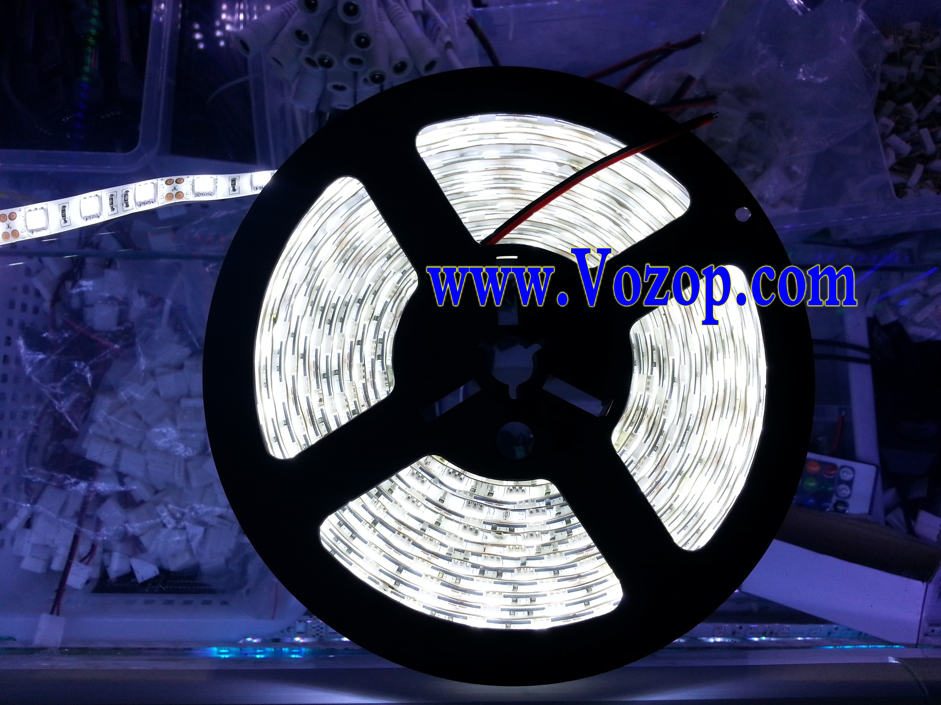 pure_white_Usa_5050_SMD_LED_Tape_strip_light