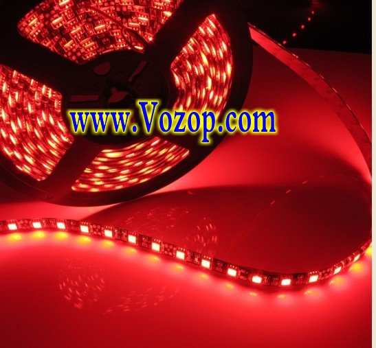 red_5050_Black_PCB_LED_Strip_5M_300_LEDs_Waterproof_Ribbon