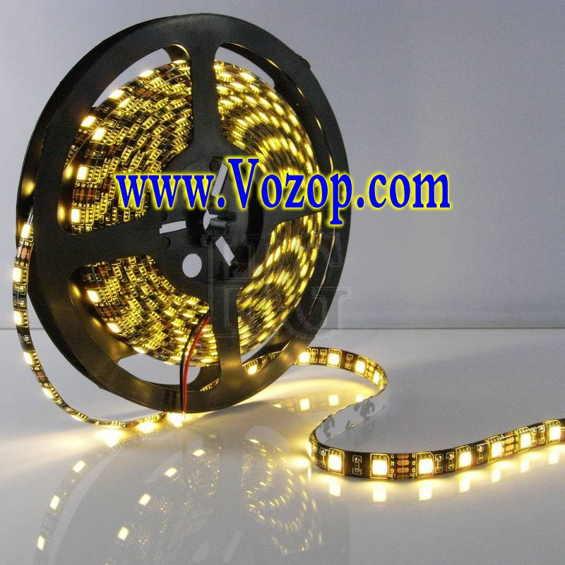 white_5050_Black_PCB_LED_Strip_5M_300_LEDs_Waterproof_Ribbon