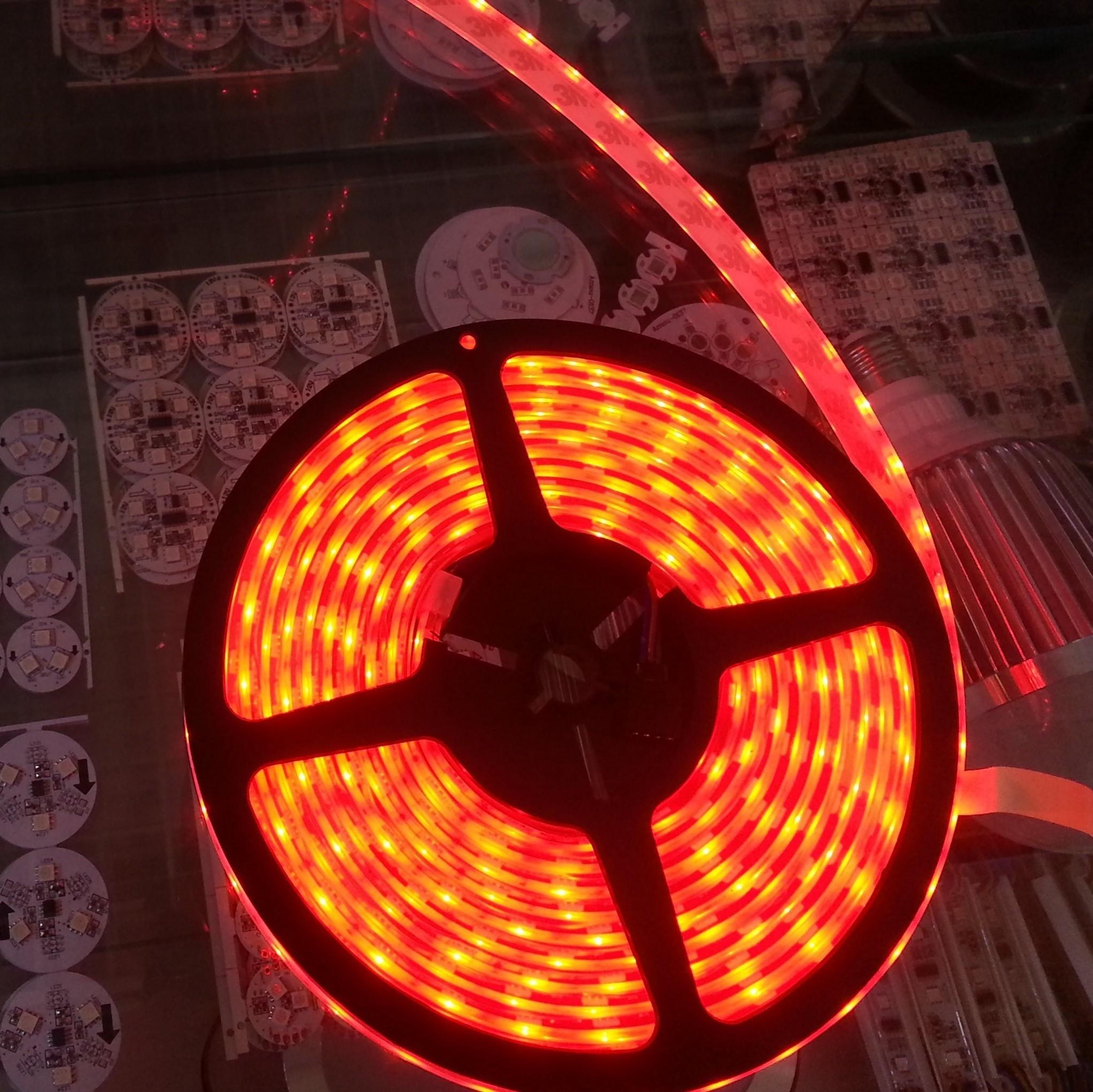 16.4 Ft IP68 RGB LED Strip 12v 5M 300 LEDs SMD 5050 Waterproof Light